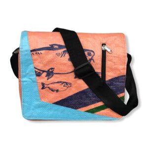 Beadbag Schultertasche Upcycling Recycling Tasche aus Reissack Nolinearts