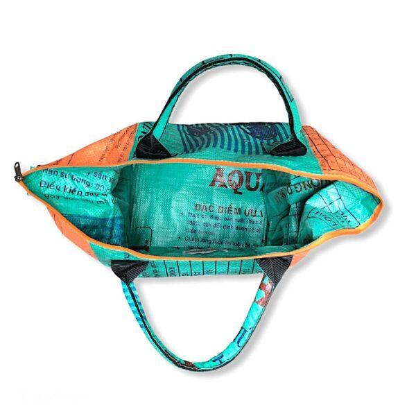 Tampenjan Nolinearts Wäschekorb Tasche Strandtasche Schultertasche Recycling Upcycling grün orange Beadbag